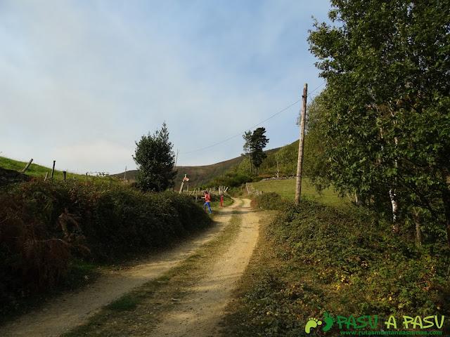 Ruta Pomar de las Montañas: Giro en Pozo de las Montañas