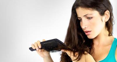 Cara Mengatasi Rambut yang Mudah Rontok