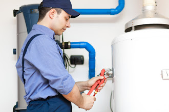 Signs You Need To Hire A Professional Water Heater Repair Contractor