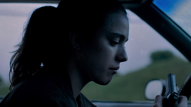 Margaret Qualley woman in a car
