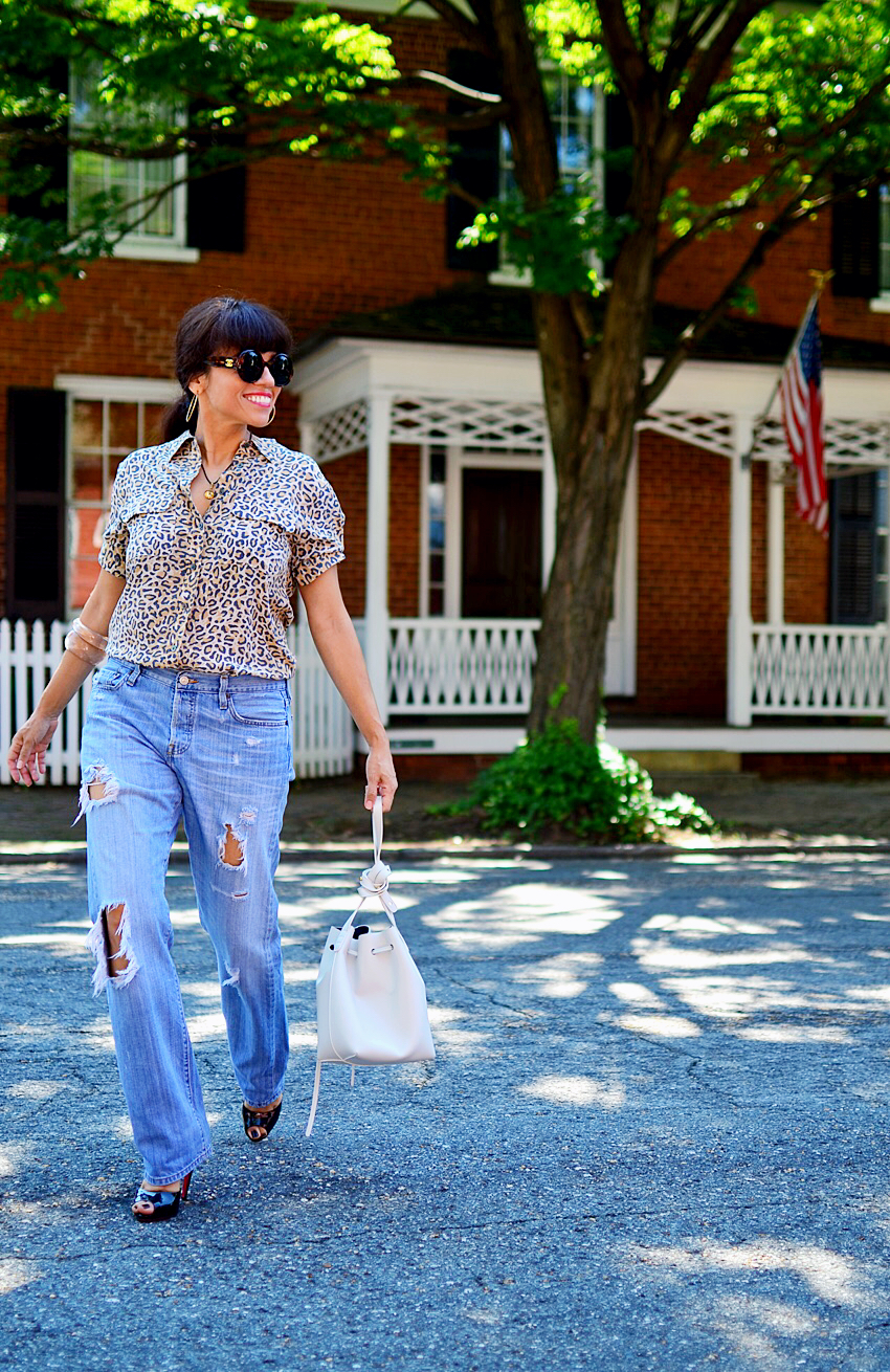 Vintage jeans street style