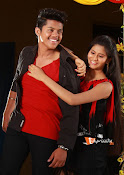 Vasthunadu Movie Stills-thumbnail-11