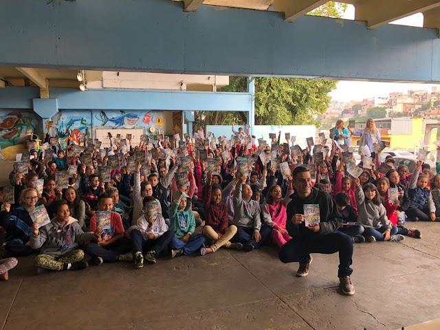Sicredi comemora Dia Mundial da Poupança apoiando iniciativas de educação financeira