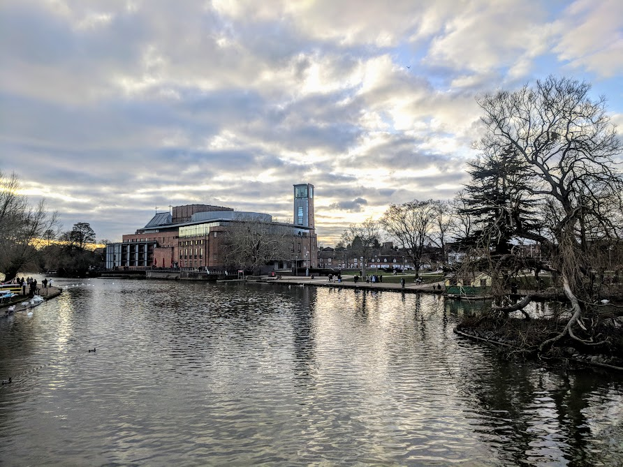 A Quick Guide to Visiting Stratford-Upon-Avon with Kids (on a budget)  - RSC theatre