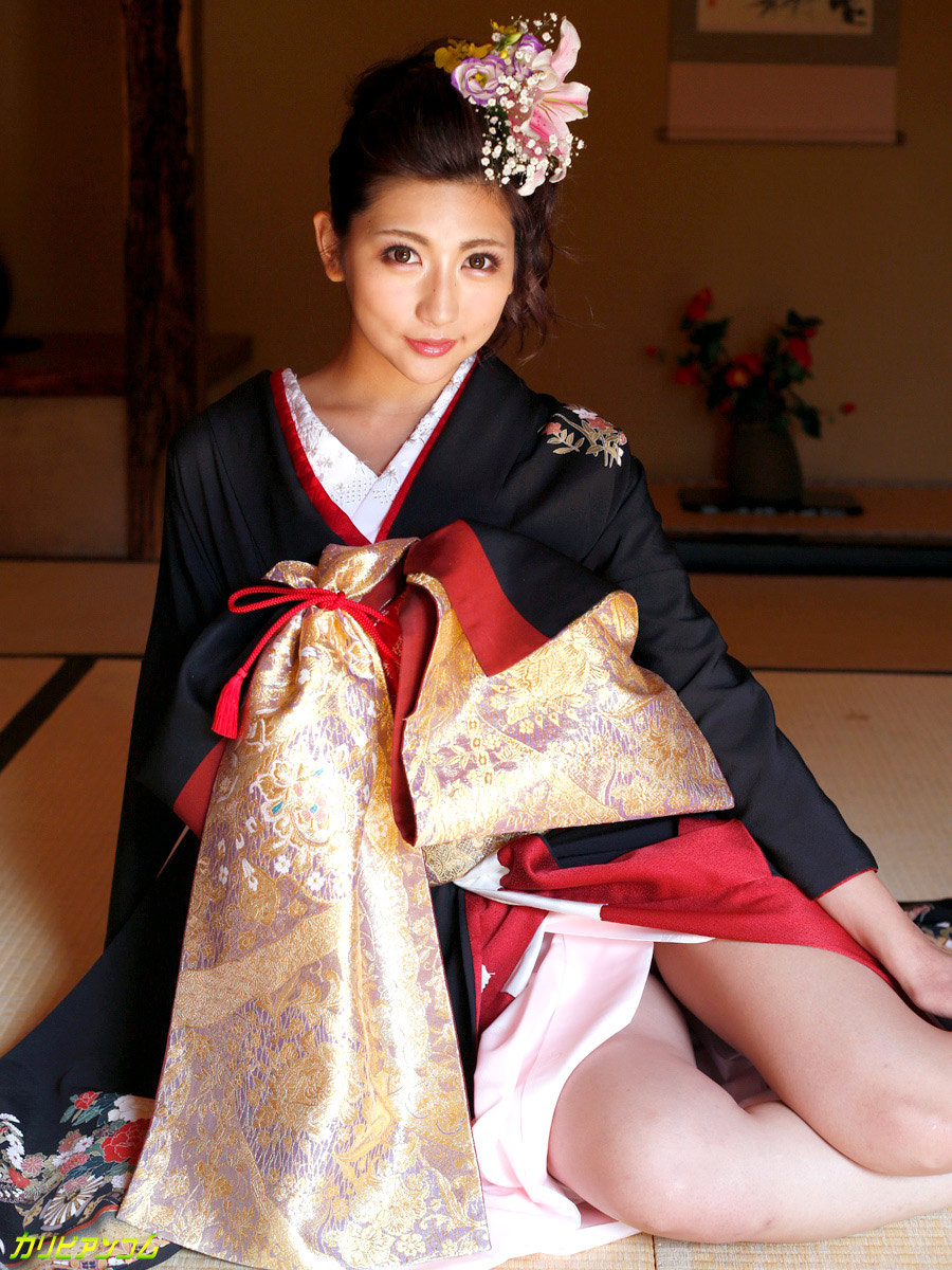 yuna shiratori sexy naked pics 02