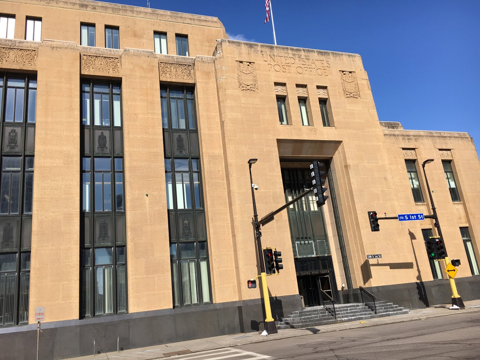 The main eastern public entrance to the Minneapolis Post Office