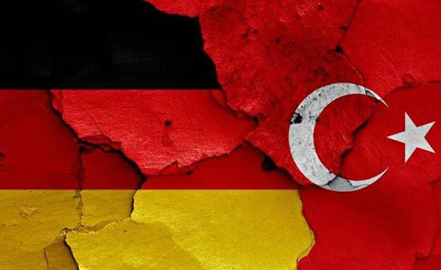 """Τουρκία: Σύλληψη Γερμανού πολίτη για υποστήριξη """"τρομοκρατικής οργάνωσης"""" μέσω Facebook"""
