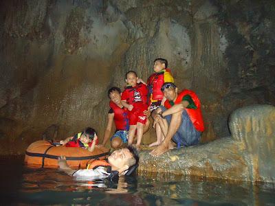Citumang Sebuah Obyek Wisata Alam Body Rafting Yang Paling diminati dan Pesat Pengunjungnya, padahan obyek wisata ini terhitung masih baru di bukany.  Pengujung ke Obyek Wisata ini semakin bertamabah setiap Bualannya.