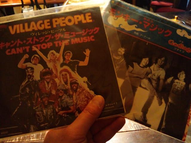 下北沢レコードマーケットで買ったレコードです。