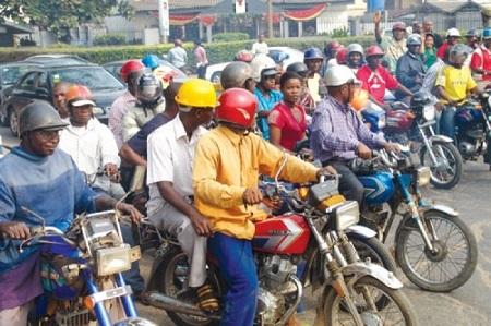New Tactic? Robbers Spray Pepper on Motorcyclist's Eyes Before Carting Away Belongings in Ogun