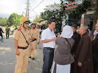 Công an sách nhiễu đoàn cứu trợ bão lụt của Giáo hội Phật Giáo Việt Nam Thống Nhất