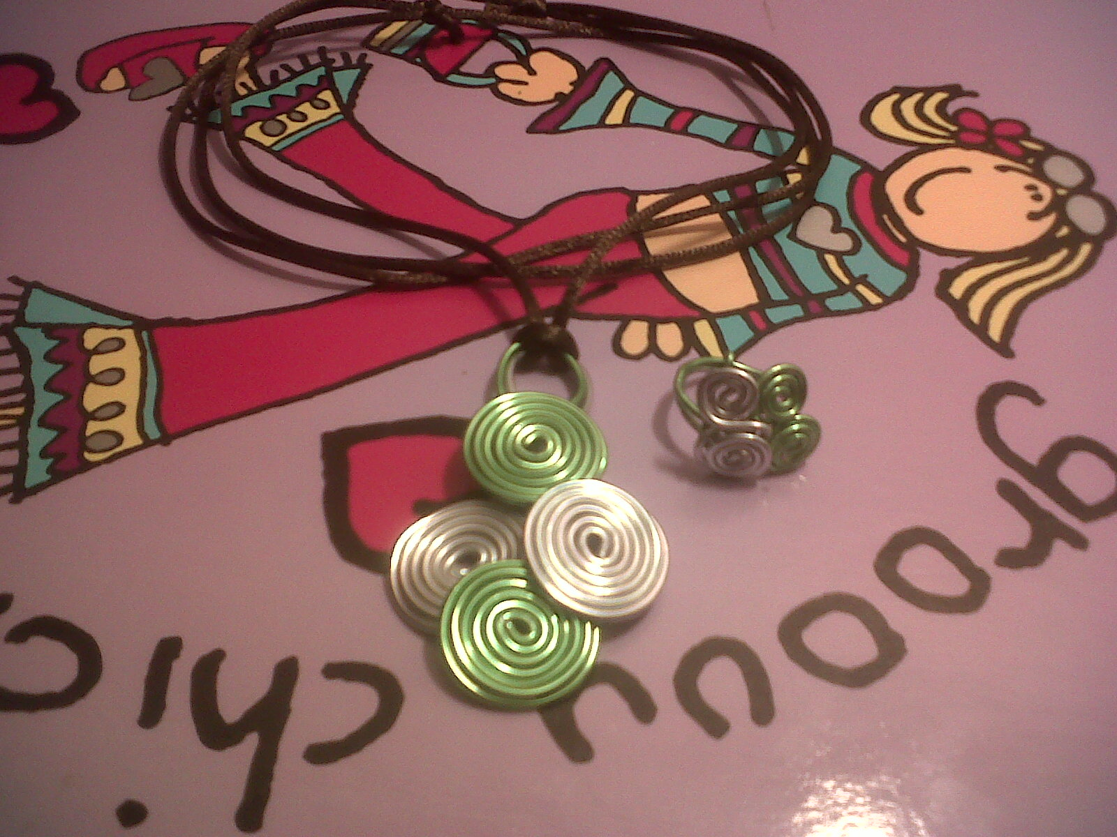 4876e21b722c Juegos y aficiones  Mascotas  Maternidad. para hacer collares y pulseras.  esque me gusta mucho hacerme mis pulseras y collares y me gustaria  encontrar.