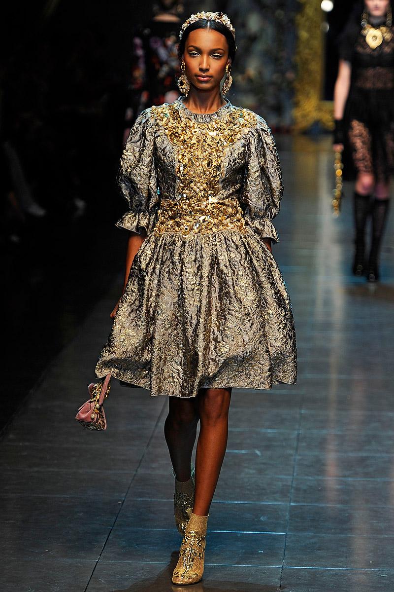 2012 Fall 2013 Winter Nail Polish Trends: Fashion Show: Дольче и Габбана Осень-Зима 2012/13