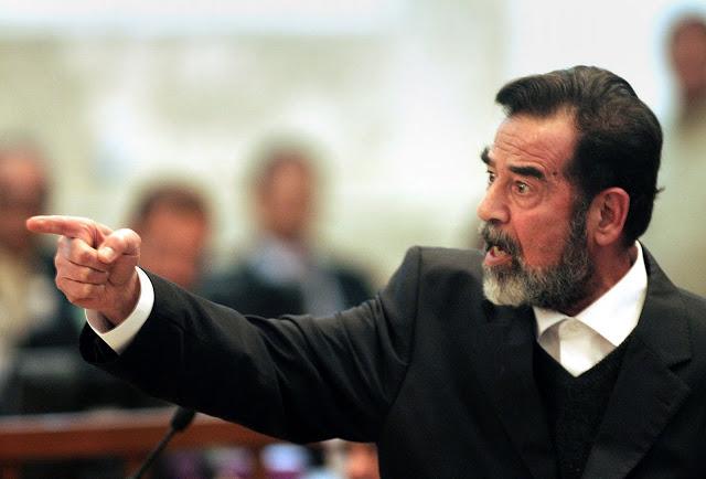 القاضي الذي اعدم صدام حسين حاول الهرب بملابس راقصة لاكنهم امسكوا به وفعلوا به شئ صادم