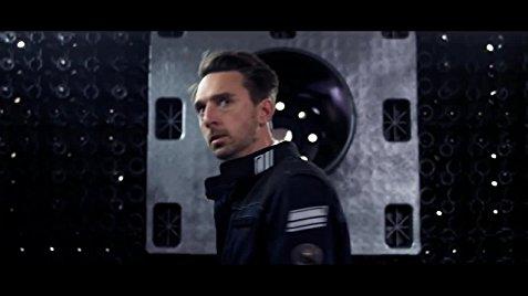 Em Infinity Chamber, o homem enfrenta a versão mais diabólica de HAL-9000