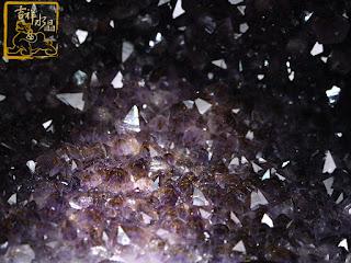 紫水晶洞共生鈦晶