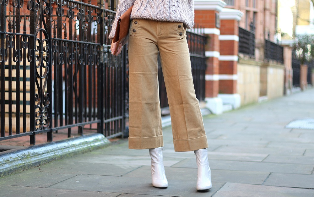 camel cropped trousers from mango worn by peexo fashion blogger