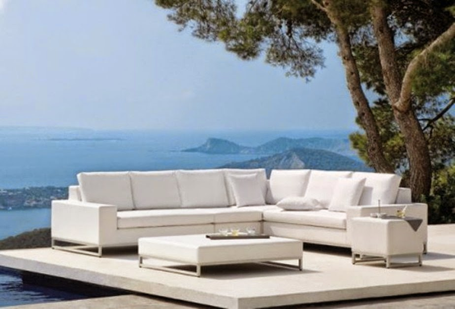 White Modern Patio Furniture Wallpaper