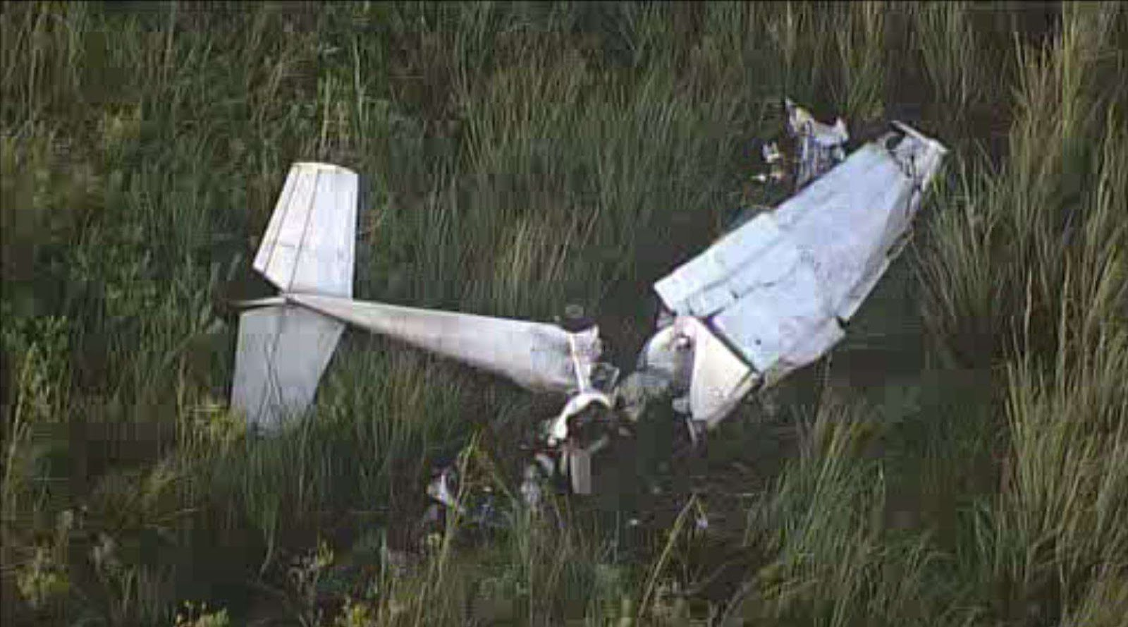 Two people were rushed to the hospital after the small plane they were in  crashed into the Everglades in Miami-Dade County. bb7764494894
