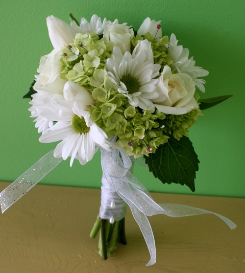 Prom Flowers: Hand-tied Clutch Bouquets for prom - A ...