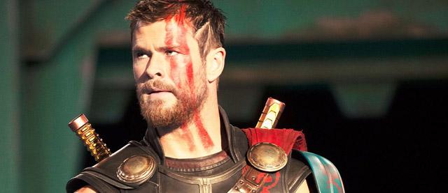 ator Chris Hemsworth como Thor em Thir Ragnarok