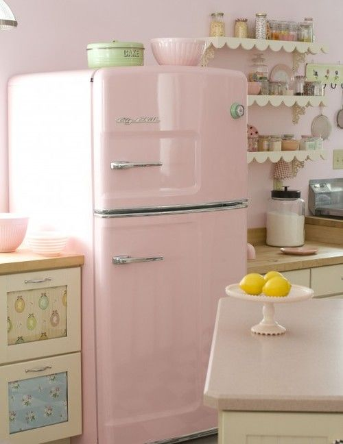 Hogar diez decora tu hogar en color rosa - Cocina rosa ...