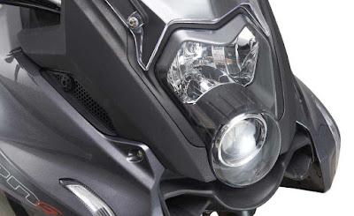 Benelli TNT 600 GT projector light