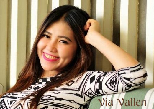 Profil dan biodata lengkap VIA VALLEN Penyanyi dangdut Bahasa Jawa