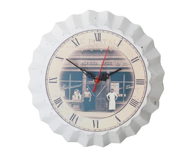 Relógio com forma de  torta