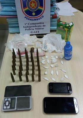 1ª CIPM cumpre mandado de prisão e apreende munições de calibre restrito e cocaína no Sertão de PE