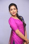 Madhu Shalini laest glam pics-thumbnail-8
