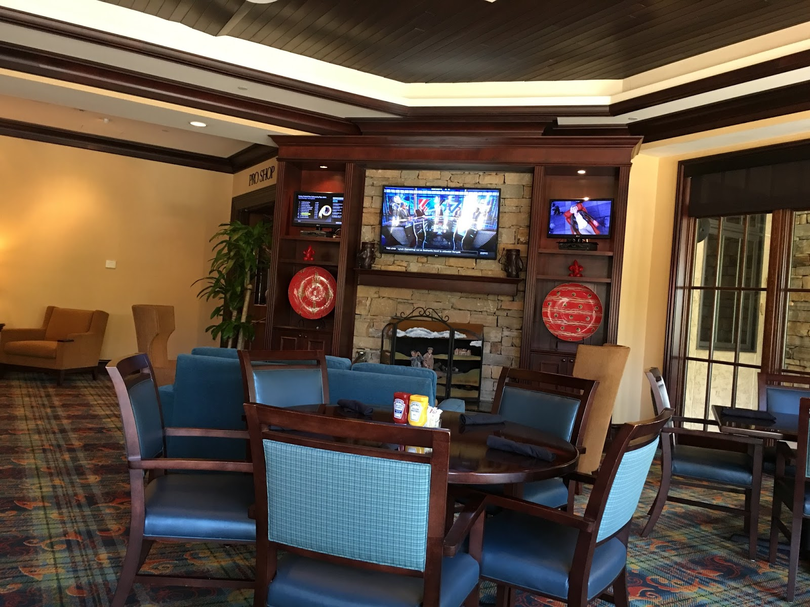 GREAT PLACE TO GRAB A BEER, EAT LUNCH OR DINNER AND WATCH A GAME