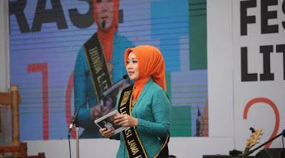 Read a Story' Penerbit Erlangga