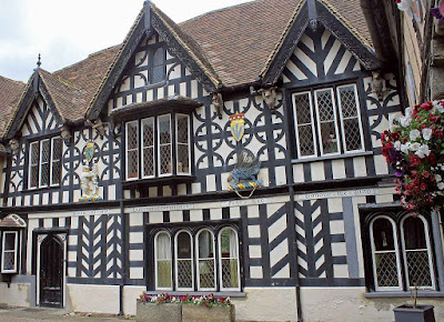 Warwick, casa para aposentados e viúvas