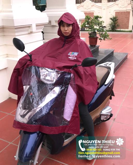 .Cơ sở trực tiếp làm áo mưa, in logo áo mưa quảng cáo giá rẻ