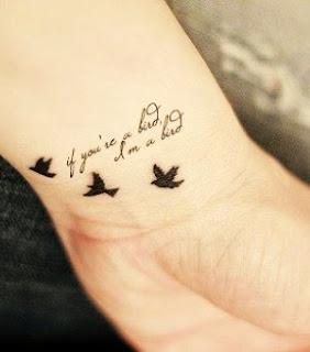 mas sensibles para la mujer, un tatuaje aquí puede suponer toda una declaración de intenciones, sensualidad, buen gusto y fragilidad, os damos algunas