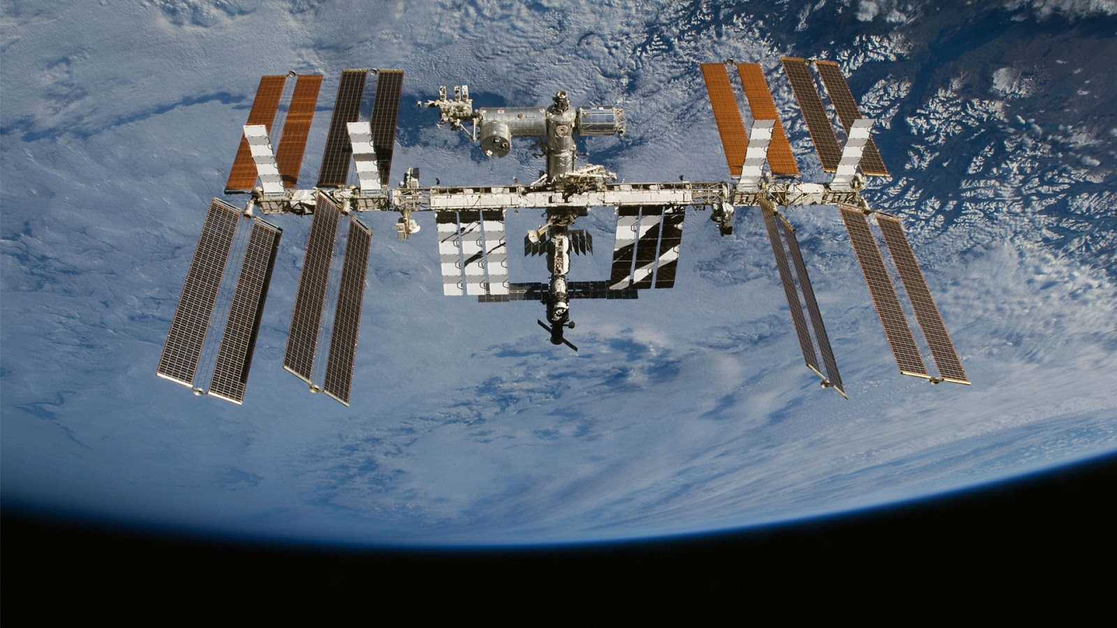 hi def space station - photo #9