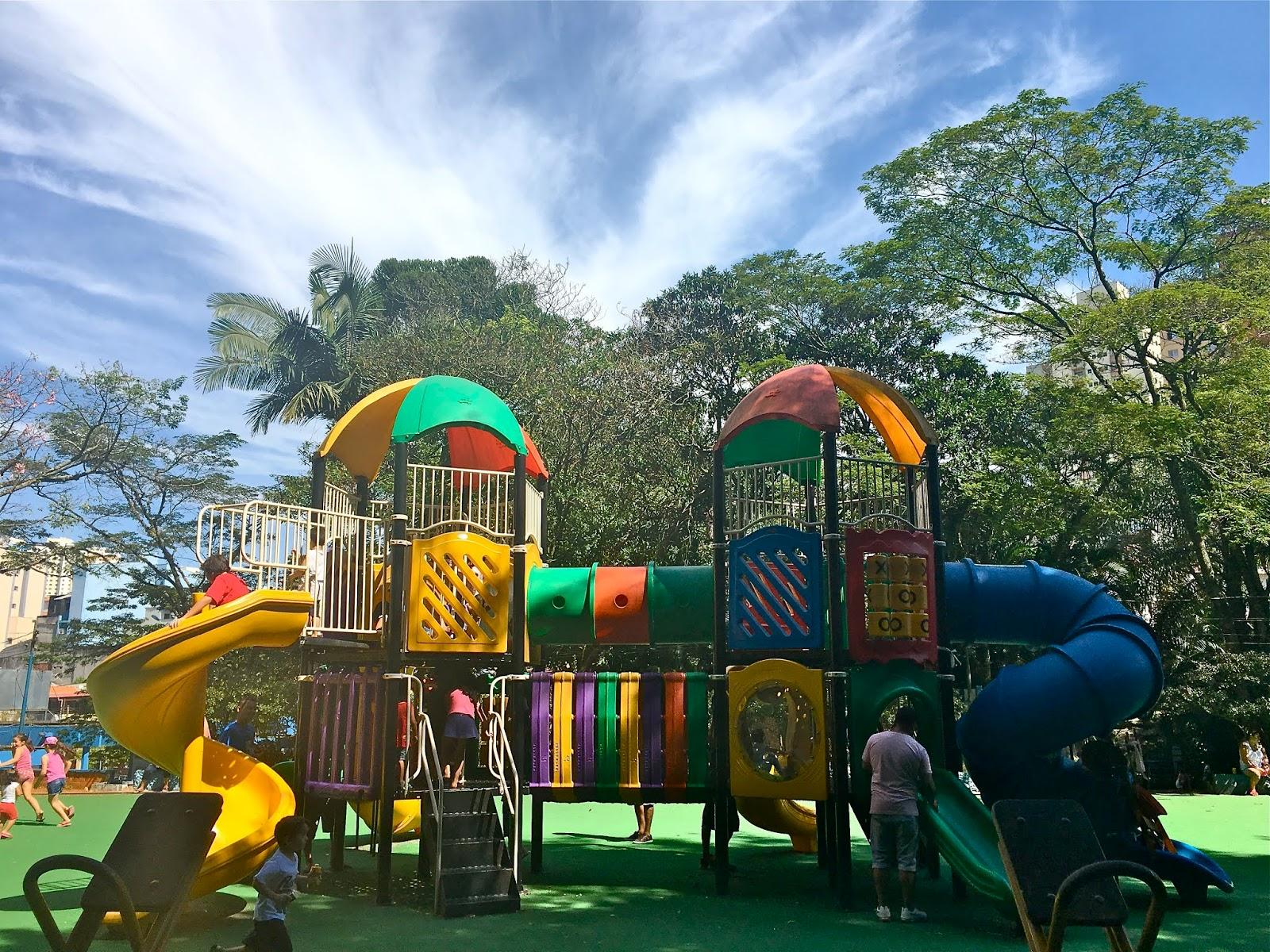 80b547d553e8 O Áreas Verdes das Cidades listou os parques com playgrounds na cidade de  São Paulo para as crianças fazerem atividades físicas e brincarem ao mesmo  tempo.