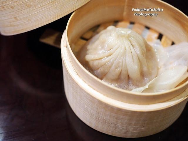 Xiao Long Bao (小笼包) Steamed Shanghainese Meat Dumpling