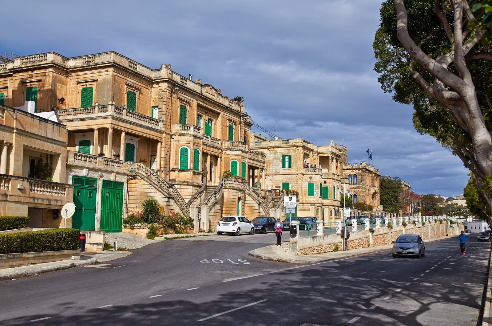Malta w kwietniu poza sezonem jaka pogoda?