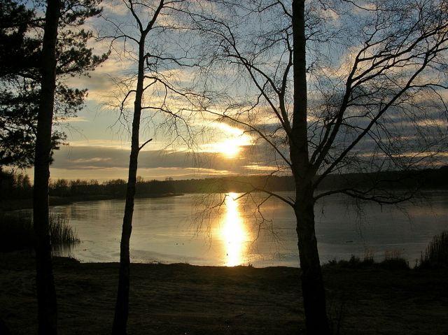 zamarznięta woda, jezioro, lód
