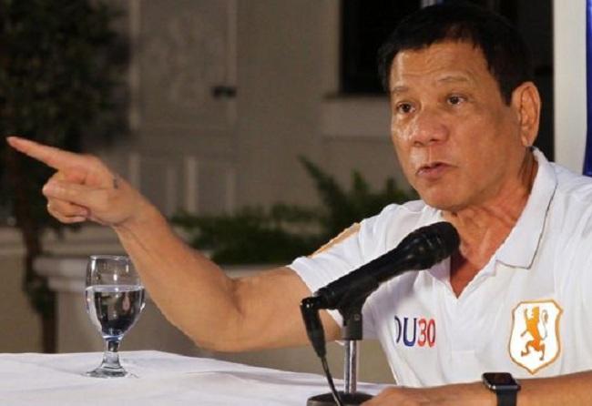Presiden Filipina Rodrigo Dottirta menghujat Obama dan mengatakan bodoh pada Sekjen PBB