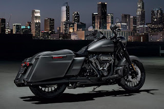 Harley-Davidson Road King Special (2017) Rear Side