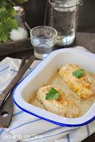 Rollitos de pollo rellenos de jamón york y queso con salsa de champiñones--cocinando-con-neus