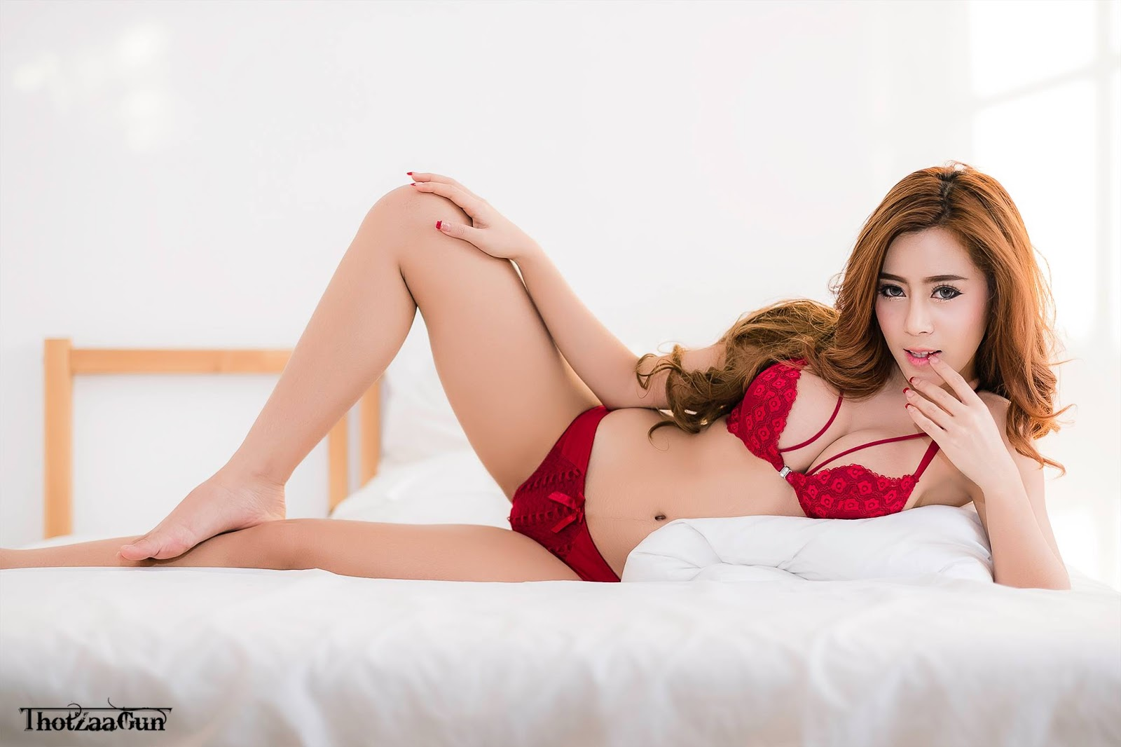 Thailand Model Sunisa Padta Part 2 (66 Pict)