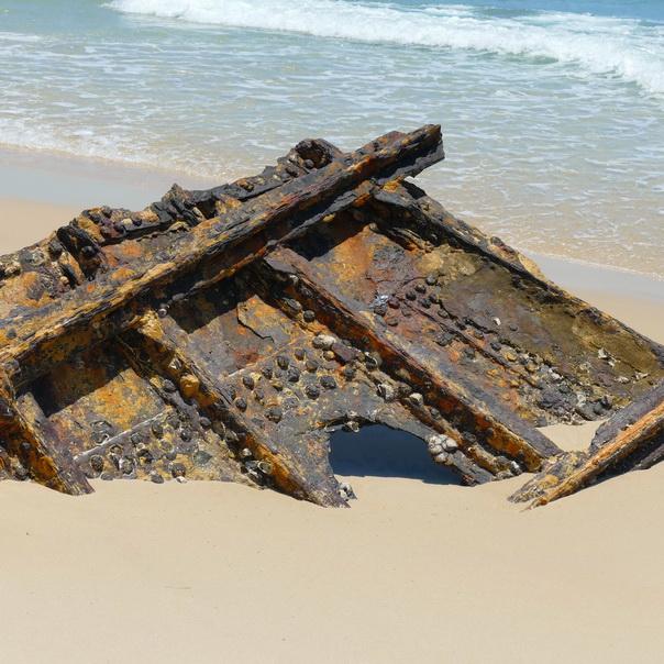 Bulwer Wrecks Schiffs-Wracks Strand Moreton Island
