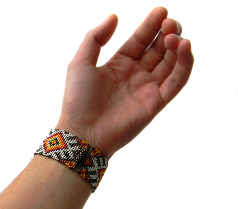Купить бижутерию ручной работы в славянском стиле Женский браслет на руку