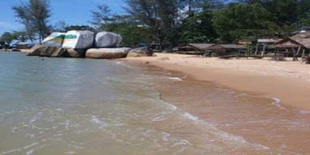 Wisata Pantai Samudra Indah di Bengkayang