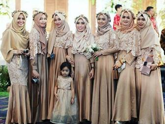 Baju Brokat Modern Muslim Model Hijab Terbaru