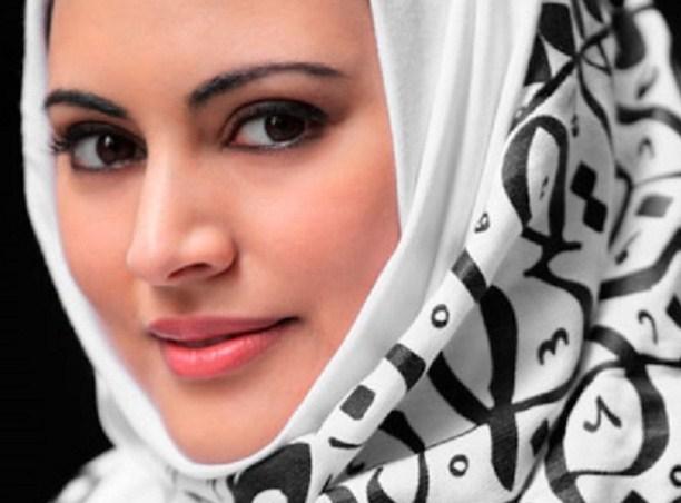 Kecantikan Seorang Wanita Terpancar Ketika Usia 40an